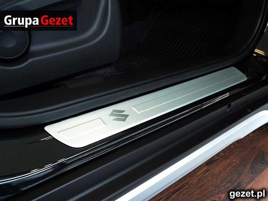 990e0 61m60 000 Nakładki Listwy Progowe Suzuki Sx4 S